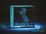3D horse in glass cube 60 mm