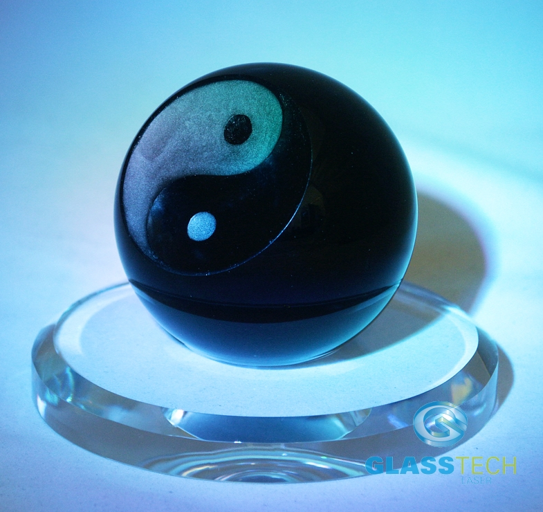 Black ball Jin-Jang, 80 mm with the glass stand 120 mm