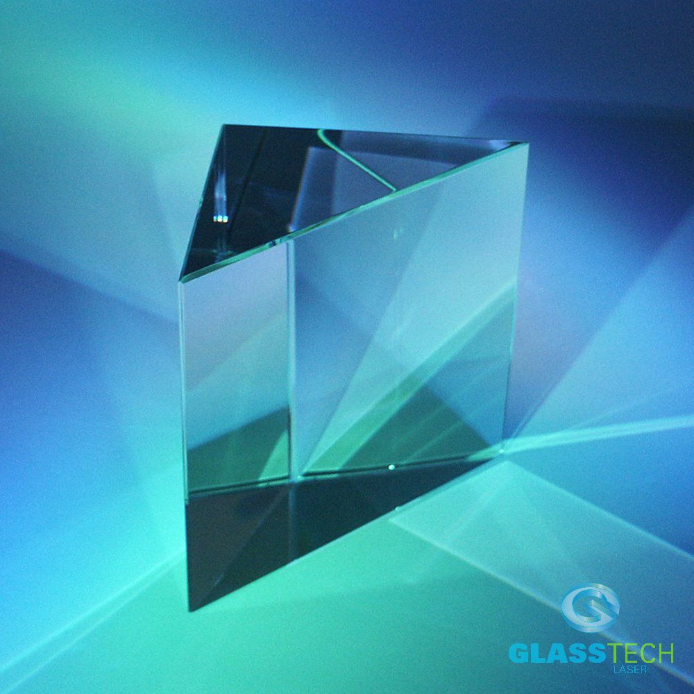 Glass prism triangle small 80x80x40 mm