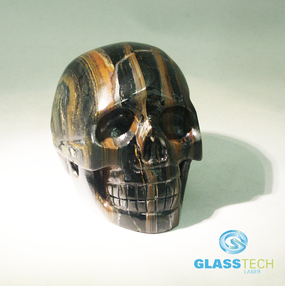 Skull Tiger eye 100x80 mm